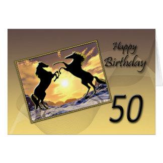 Edad 50 una tarjeta de cumpleaños con alzar