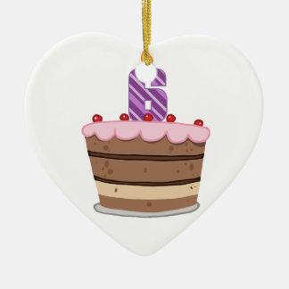 Edad 6 en la torta de cumpleaños adorno de cerámica en forma de corazón