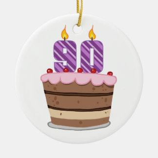 Edad 90 en la torta de cumpleaños ornamento de navidad