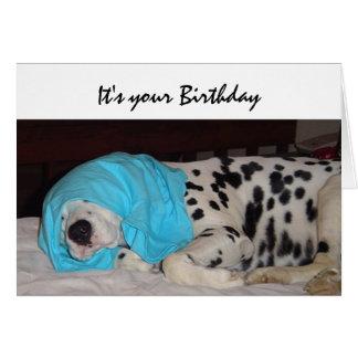 Edad avanzada no feliz humor del cumpleaños con e tarjeta