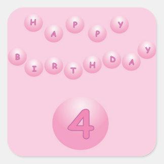 Edad rosada 4 de las bolas del cumpleaños pegatina cuadrada