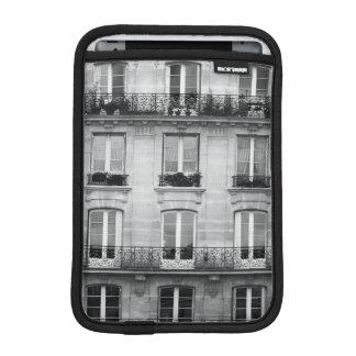 Edificio blanco y negro del vintage del viaje el   funda para iPad mini