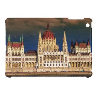 Edificio húngaro del parlamento en Budapest,