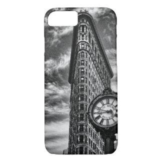 Edificio y reloj de Flatiron en 1C2 blanco y negro Funda iPhone 7