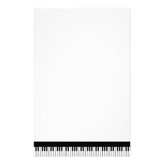 Efectos de escritorio del teclado de piano papelería