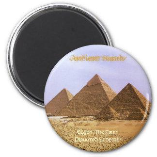 EGIPTO: El primer imán del esquema de pirámide