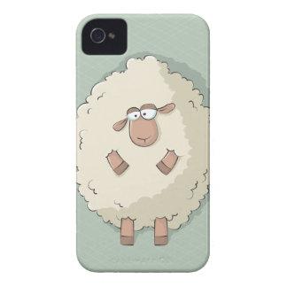 Ejemplo de una oveja gigante linda y divertida iPhone 4 funda