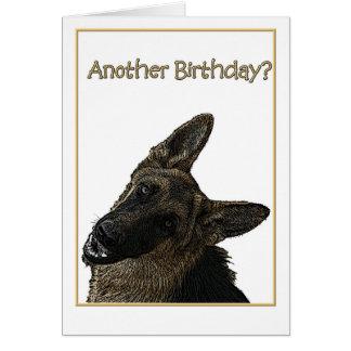 Ejemplo del pastor alemán del humor del cumpleaños tarjeta de felicitación