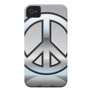 Ejemplo del signo de la paz metálico iPhone 4 cárcasa