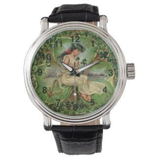 Ejemplo del vintage del pequeño chica dulce del reloj de pulsera