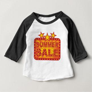 Ejemplo retro de la muestra de la venta del verano camiseta de bebé