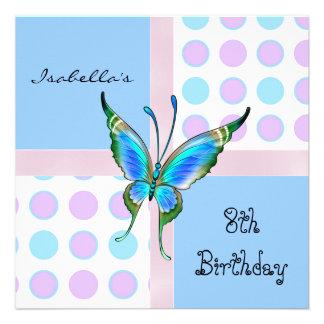 El 8vo cumpleaños de la invitación mancha el azul