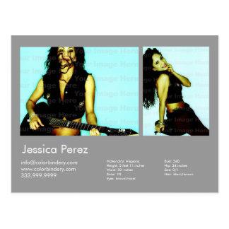 El actor y modela 2 tiró los comp grises claros de tarjetas postales