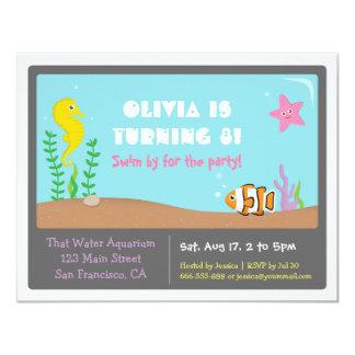 El acuario colorido embroma invitaciones de la invitación 10,8 x 13,9 cm