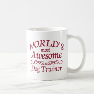 El adiestrador de perros más impresionante del mun taza básica blanca