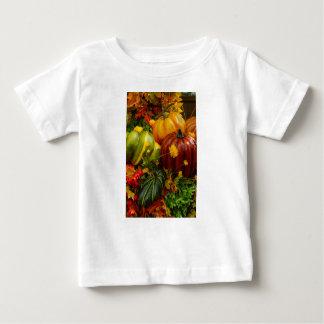 El agrupar del otoño camiseta de bebé