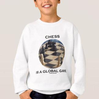 El ajedrez es un juego global (la actitud del sudadera