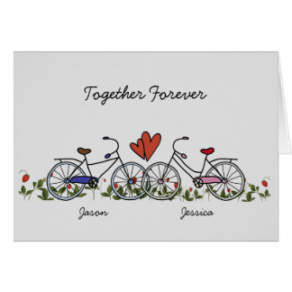 El amante de la bicicleta junta la tarjeta de la