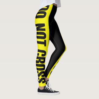 El amarillo no cruza zonas peligrosas de la cinta leggings