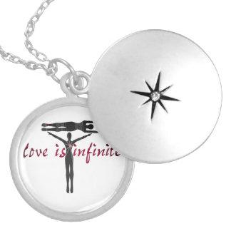 El amor es infinito collar personalizado