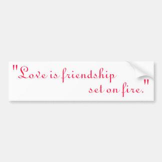 El amor es la amistad sistema en el fuego pegatina de parachoque