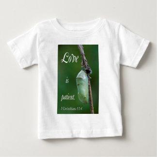 el amor es paciente camiseta de bebé