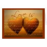 El amor es… tarjeta elegante del corazón