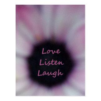 El amor escucha postal de la risa