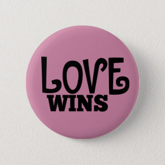 El amor gana el botón