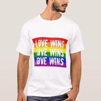 El amor gana triunfos del amor de los triunfos del camiseta