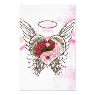 El ángel del corazón de Yin Yang se va volando la Papelería Personalizada