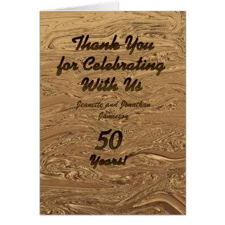 El aniversario de boda de oro le agradece observar tarjeta pequeña