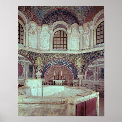 El apse con la fuente bautismal posters