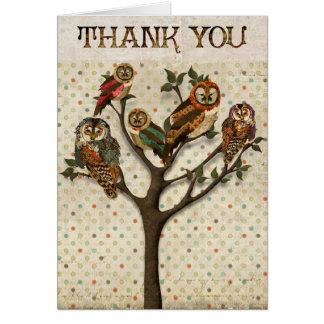 El árbol de búhos le agradece cardar tarjeta