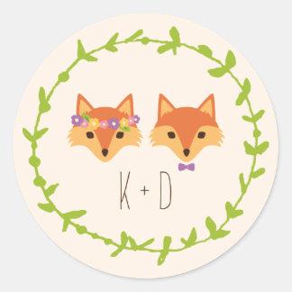 El arbolado caprichoso Foxes el boda de marfil Pegatina Redonda