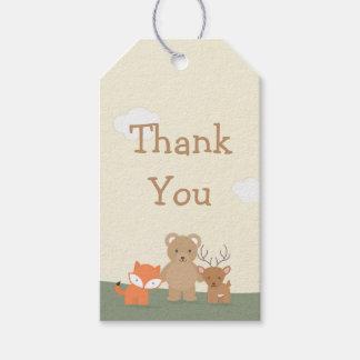"""El arbolado """"le agradece """" etiquetas para regalos"""