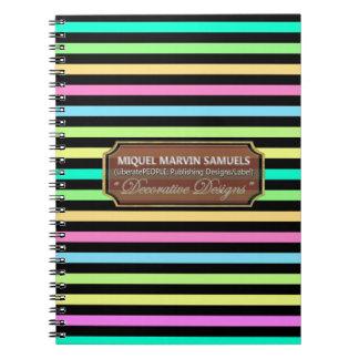 El arco de la lluvia raya el cuaderno moderno