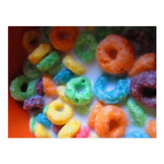 El arco iris coloca la piscina del cereal postal