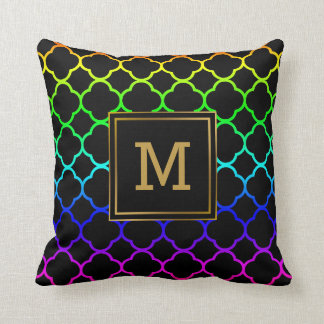 El arco iris del modelo de Quatrefoil colorea el Cojín Decorativo