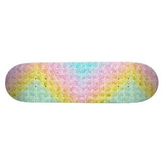 El arco iris en colores pastel de la onda colorea