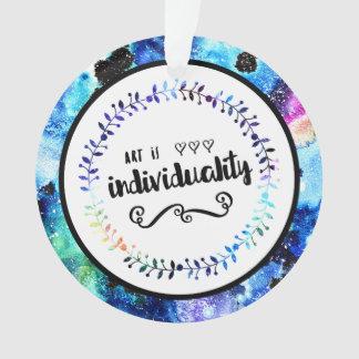 El arte es individualidad adorno
