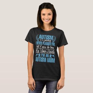El autismo es camiseta nunca prevista de la mamá