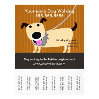 El aviador del caminante del perro con rasga folleto 21,6 x 28 cm