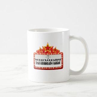 El ayudante administrativo legal más grande del mu tazas de café