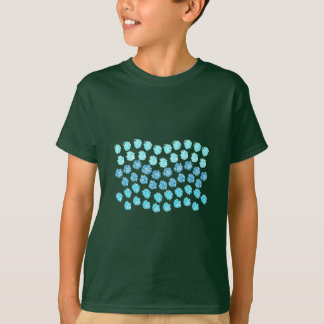 El azul agita la camiseta de los niños