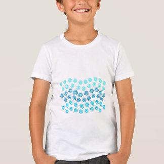 El azul agita la camiseta del equipo de los niños