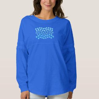 El azul agita la camiseta del jersey del alcohol
