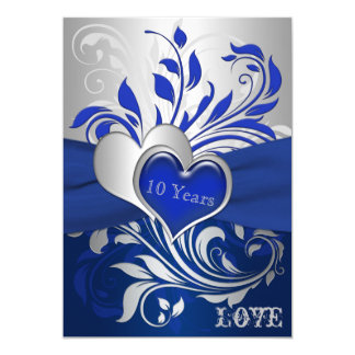 El azul, volutas de plata, aniversario de los invitación 12,7 x 17,8 cm