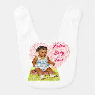El babero del bebé de la niña retra del amor