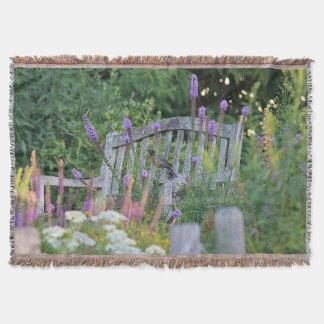 El banco del jardín manta